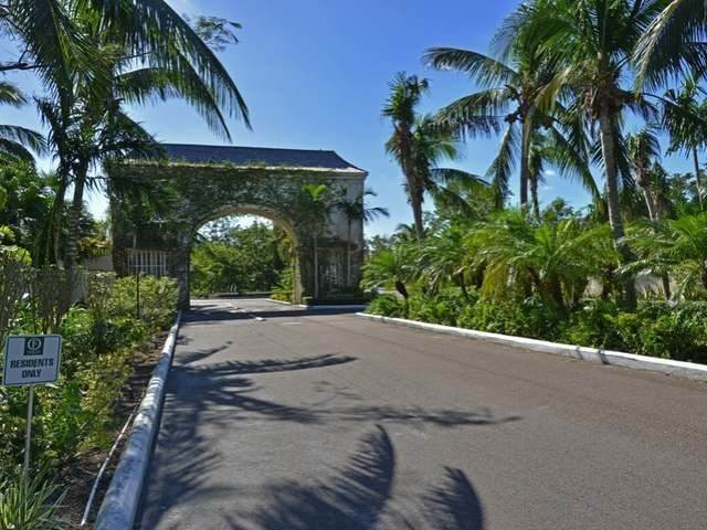 29. Single Family Homes for Sale at Old Fort Bay, Nassau And Paradise Island, Bahamas