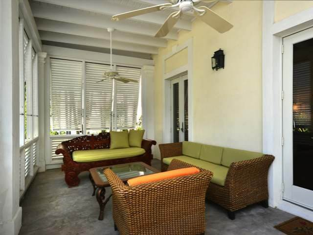 6. Single Family Homes for Sale at Old Fort Bay, Nassau And Paradise Island, Bahamas