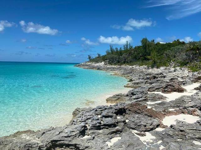 Land for Sale at Rose Island, Bahamas