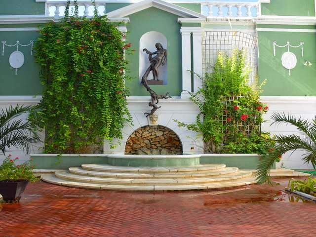 9. Building for Rent at Downtown, Nassau And Paradise Island, Bahamas