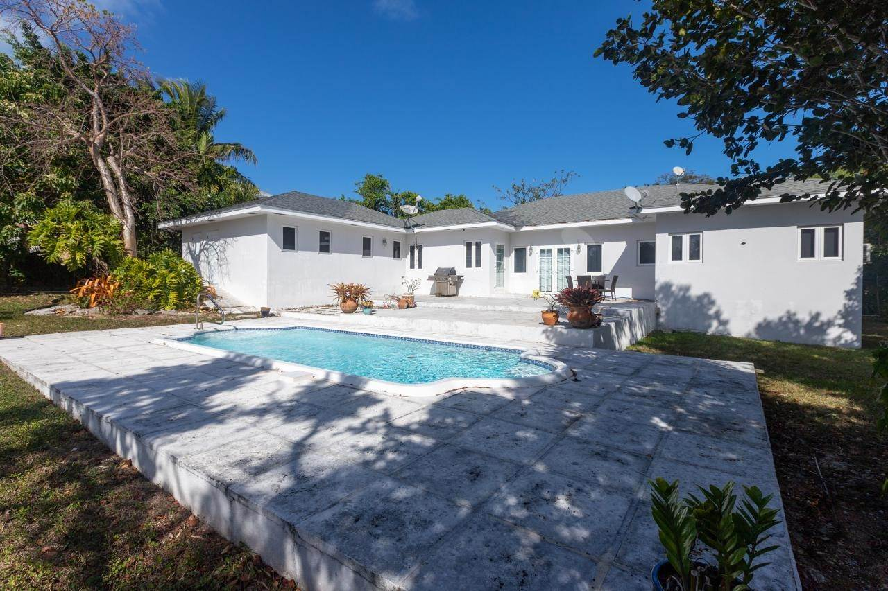 Single Family Homes for Rent at Eastern Road, Nassau And Paradise Island, Bahamas