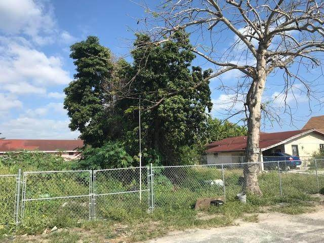 7. Land for Sale at Foxdale Lot # 184 Fox Hill, Nassau And Paradise Island, Bahamas