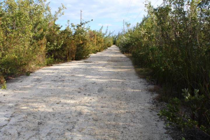 5. Terreno por un Venta en Airport Lot Stella Maris, Long Island, Bahamas