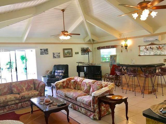 21. Single Family Homes for Sale at Lucaya, Freeport And Grand Bahama, Bahamas