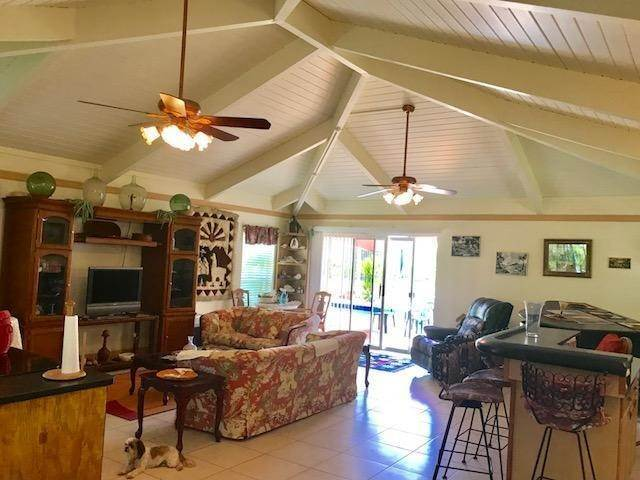 23. Single Family Homes for Sale at Lucaya, Freeport And Grand Bahama, Bahamas