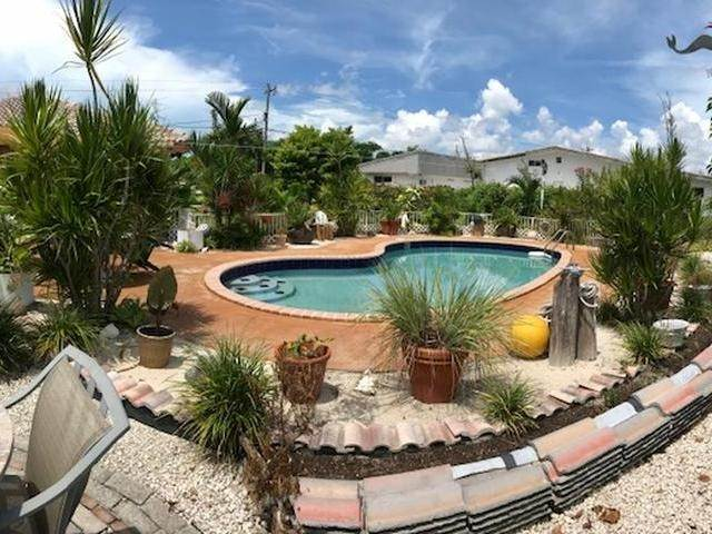 33. Single Family Homes for Sale at Lucaya, Freeport And Grand Bahama, Bahamas