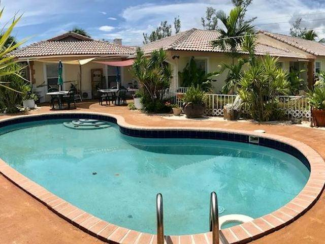 34. Single Family Homes for Sale at Lucaya, Freeport And Grand Bahama, Bahamas