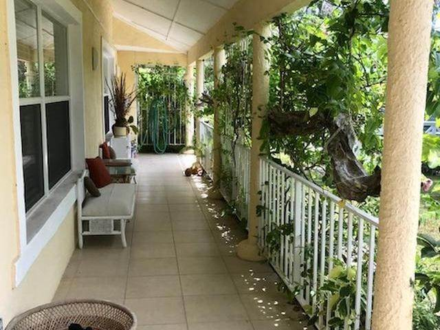 39. Single Family Homes for Sale at Lucaya, Freeport And Grand Bahama, Bahamas
