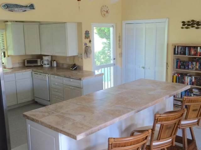 7. Single Family Homes for Sale at Current, Eleuthera, Bahamas