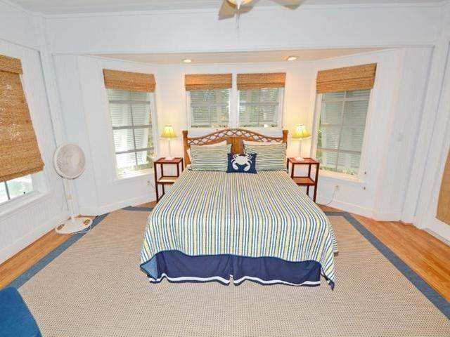 33. Single Family Homes for Sale at Elbow Cay Hope Town, Abaco, Bahamas