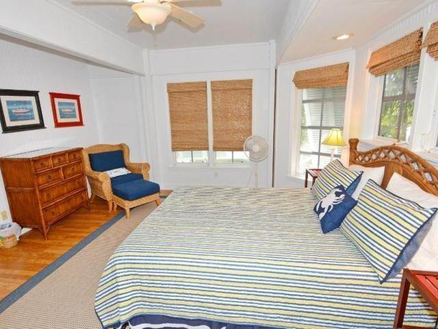 34. Single Family Homes for Sale at Elbow Cay Hope Town, Abaco, Bahamas