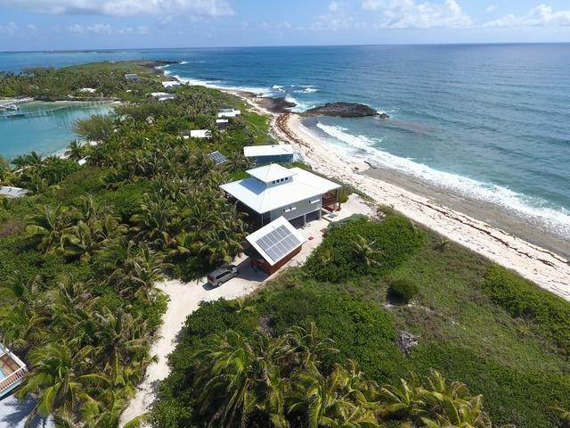 2. Single Family Homes por un Venta en Little Harbour, Abaco, Bahamas
