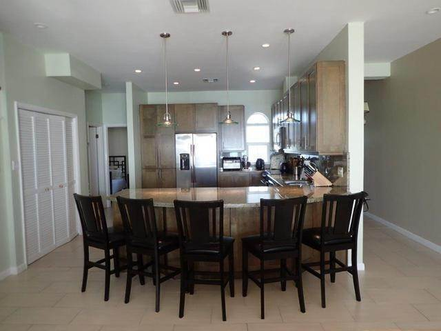 13. Co-op / Condo for Sale at Royall Beach Estates, South Ocean, Nassau And Paradise Island Bahamas