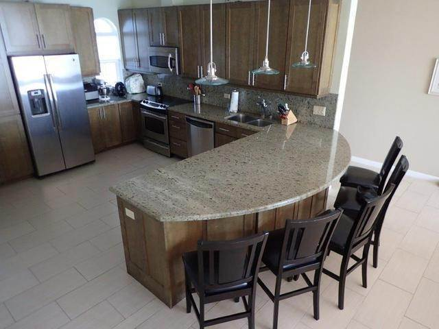16. Co-op / Condo for Sale at Royall Beach Estates, South Ocean, Nassau And Paradise Island Bahamas