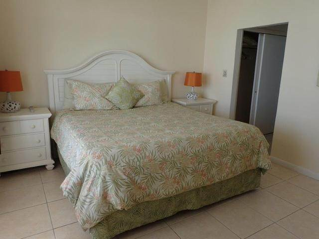 20. Co-op / Condo for Sale at Royall Beach Estates, South Ocean, Nassau And Paradise Island Bahamas