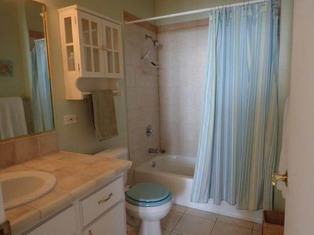 23. Co-op / Condo for Sale at Royall Beach Estates, South Ocean, Nassau And Paradise Island Bahamas