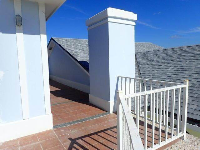 38. Co-op / Condo for Sale at Royall Beach Estates, South Ocean, Nassau And Paradise Island Bahamas