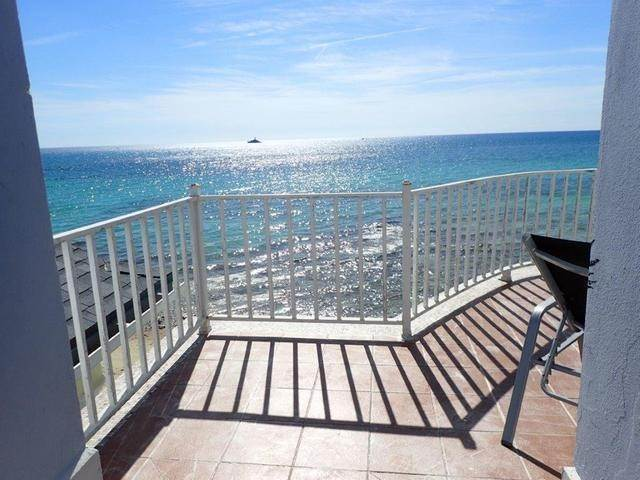 42. Co-op / Condo for Sale at Royall Beach Estates, South Ocean, Nassau And Paradise Island Bahamas