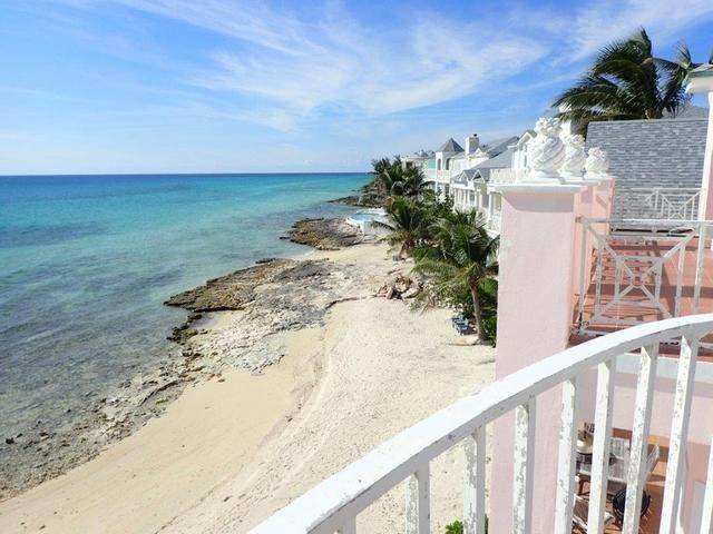 44. Co-op / Condo for Sale at Royall Beach Estates, South Ocean, Nassau And Paradise Island Bahamas