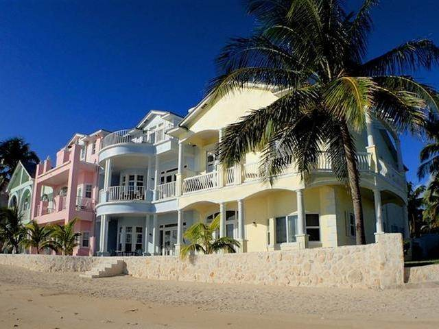 61. Co-op / Condo for Sale at Royall Beach Estates, South Ocean, Nassau And Paradise Island Bahamas
