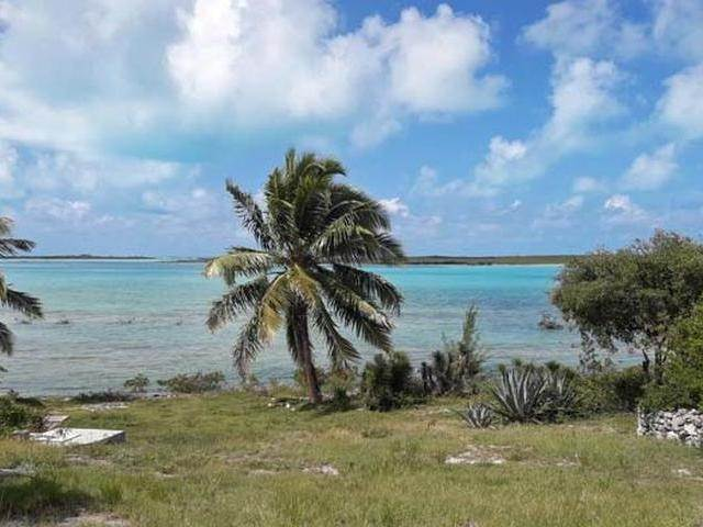 34. Single Family Homes por un Venta en Ferry Side Villa Little Exuma, Exuma, Bahamas