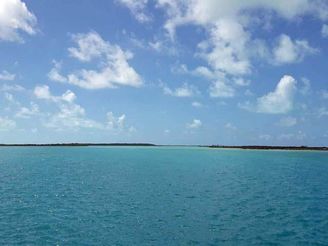 35. Single Family Homes por un Venta en Ferry Side Villa Little Exuma, Exuma, Bahamas