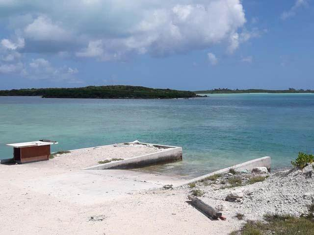 40. Single Family Homes por un Venta en Ferry Side Villa Little Exuma, Exuma, Bahamas