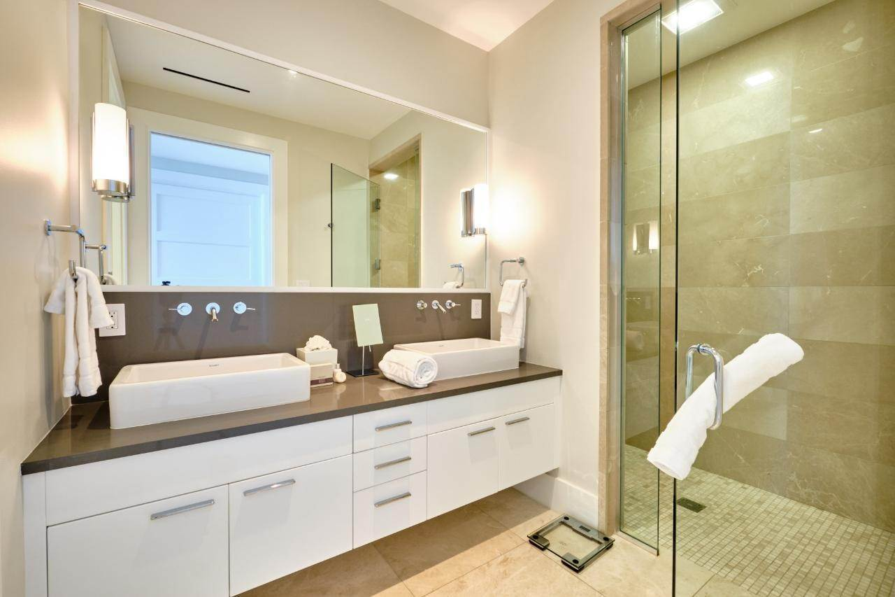 13. Co-op / Condo for Sale at Albany Luxury Condo Albany, Nassau And Paradise Island, Bahamas