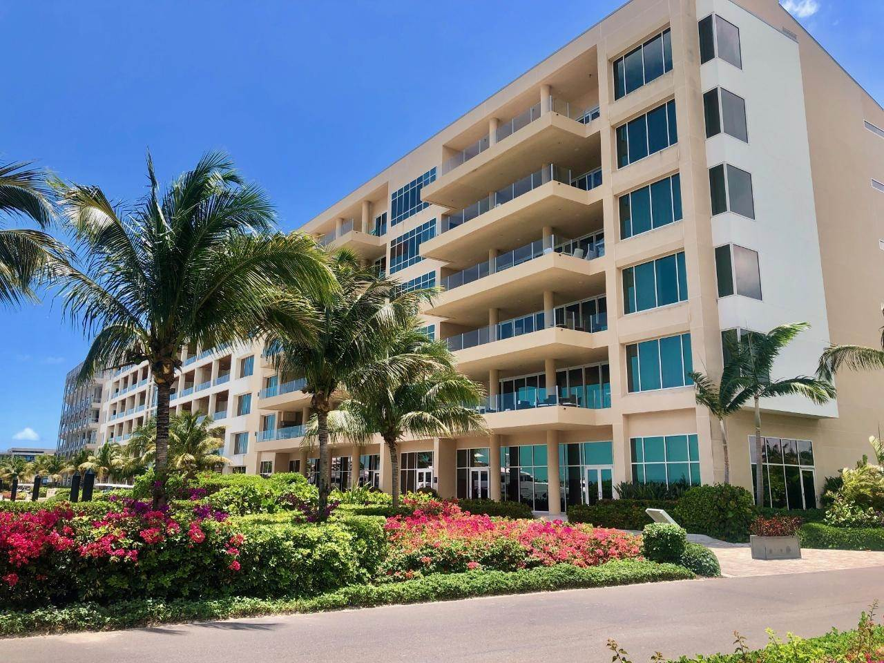 16. Co-op / Condo for Sale at Albany Luxury Condo Albany, Nassau And Paradise Island, Bahamas