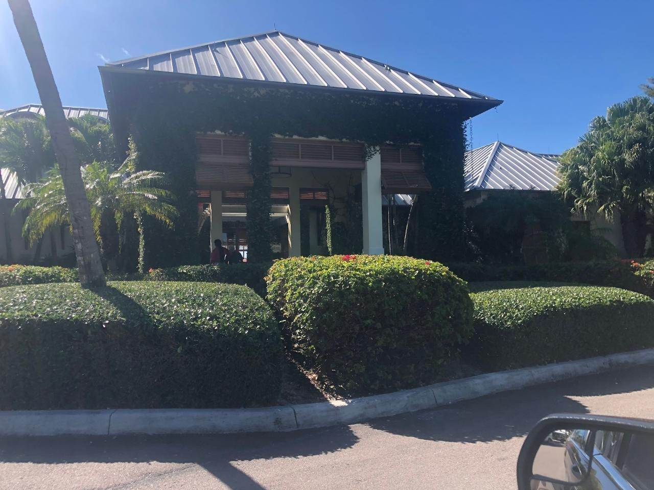 29. Co-op / Condo for Sale at Albany Luxury Condo Albany, Nassau And Paradise Island, Bahamas