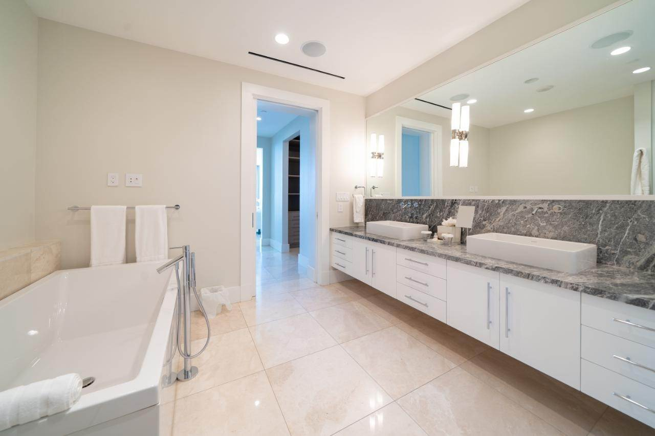 8. Co-op / Condo for Sale at Albany Luxury Condo Albany, Nassau And Paradise Island, Bahamas