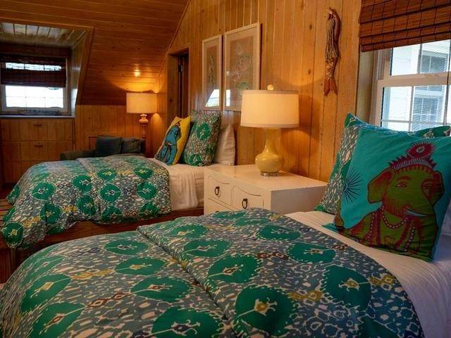 20. Single Family Homes for Sale at Harbour Island, Eleuthera, Bahamas