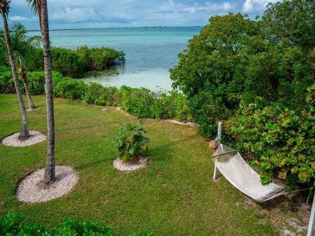 5. Single Family Homes for Sale at Harbour Island, Eleuthera, Bahamas