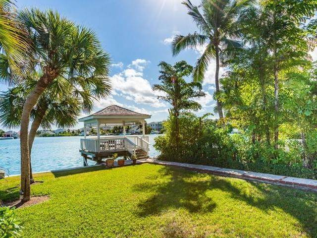 15. Single Family Homes for Sale at Cable Beach, Nassau And Paradise Island, Bahamas