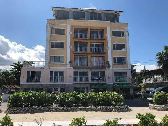 3. Building for Sale at Downtown, Nassau And Paradise Island, Bahamas