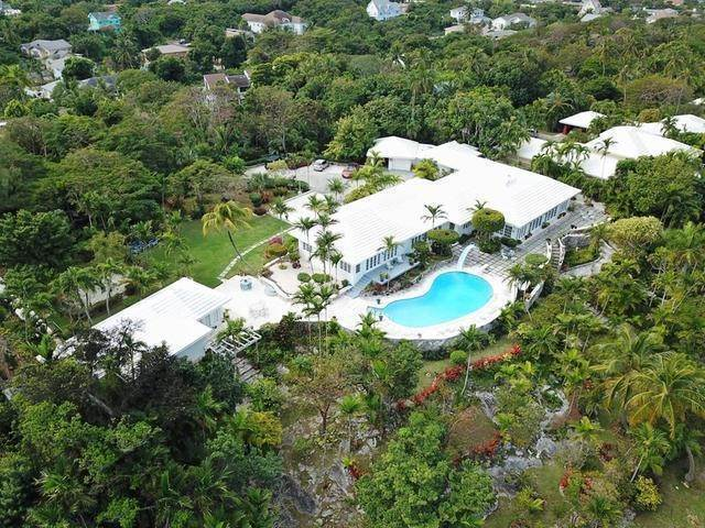 10. Single Family Homes for Sale at Chickcharney Camperdown Heights, Eastern Road, Nassau And Paradise Island Bahamas