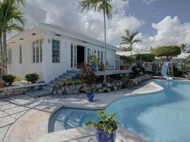 11. Single Family Homes for Sale at Chickcharney Camperdown Heights, Eastern Road, Nassau And Paradise Island Bahamas