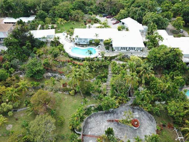 16. Single Family Homes for Sale at Chickcharney Camperdown Heights, Eastern Road, Nassau And Paradise Island Bahamas