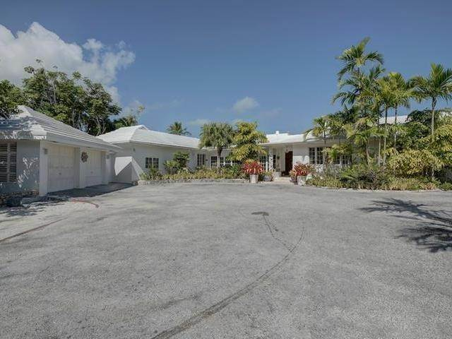37. Single Family Homes for Sale at Chickcharney Camperdown Heights, Eastern Road, Nassau And Paradise Island Bahamas