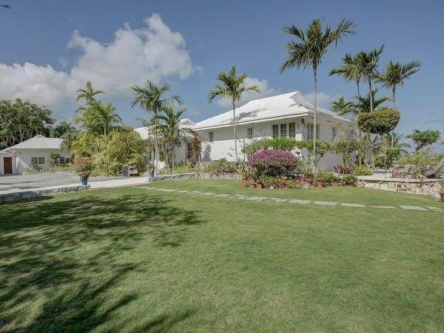 40. Single Family Homes for Sale at Chickcharney Camperdown Heights, Eastern Road, Nassau And Paradise Island Bahamas