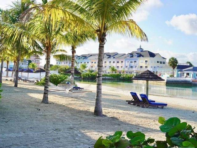4. Building for Rent at Cable Beach, Nassau And Paradise Island, Bahamas