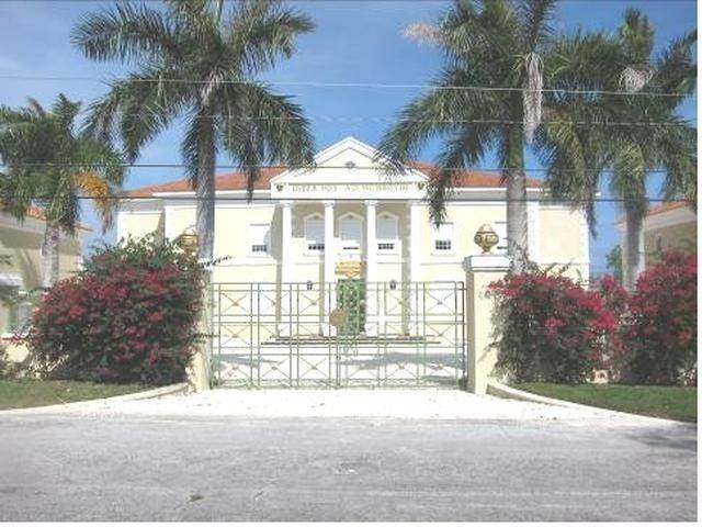 Single Family Homes for Sale at Single Family Home Peral Bay, Freeport And Grand Bahama, Bahamas