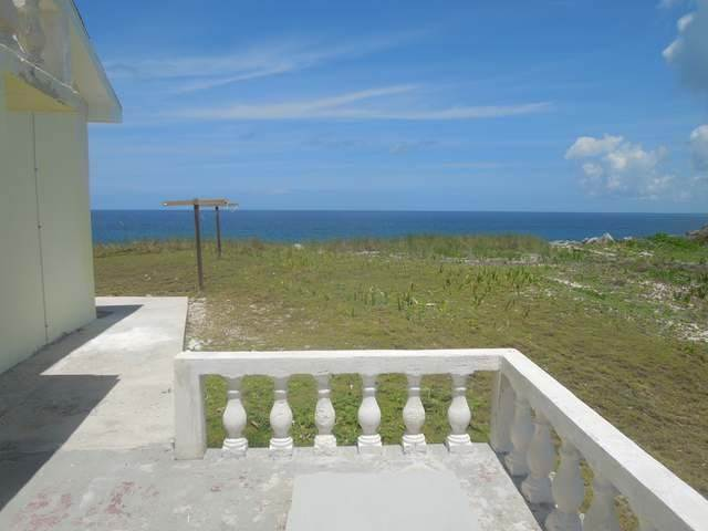 Single Family Homes for Sale at Whale Point Home Whale Point, Eleuthera, Bahamas