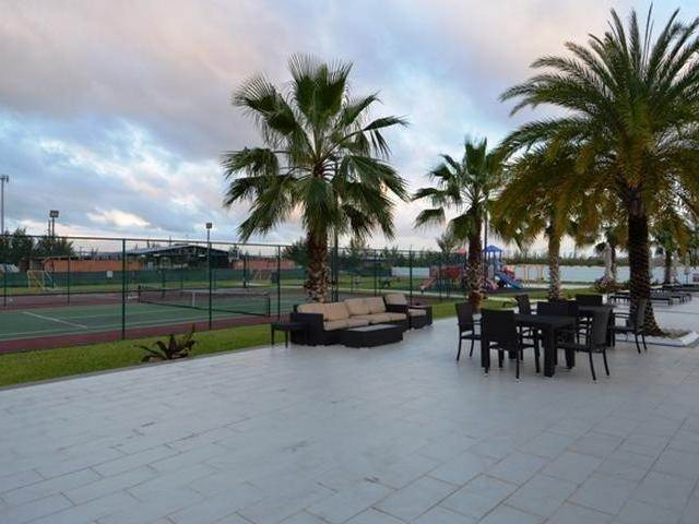 3. Co-op / Condo for Rent at Venetian West, Nassau And Paradise Island, Bahamas