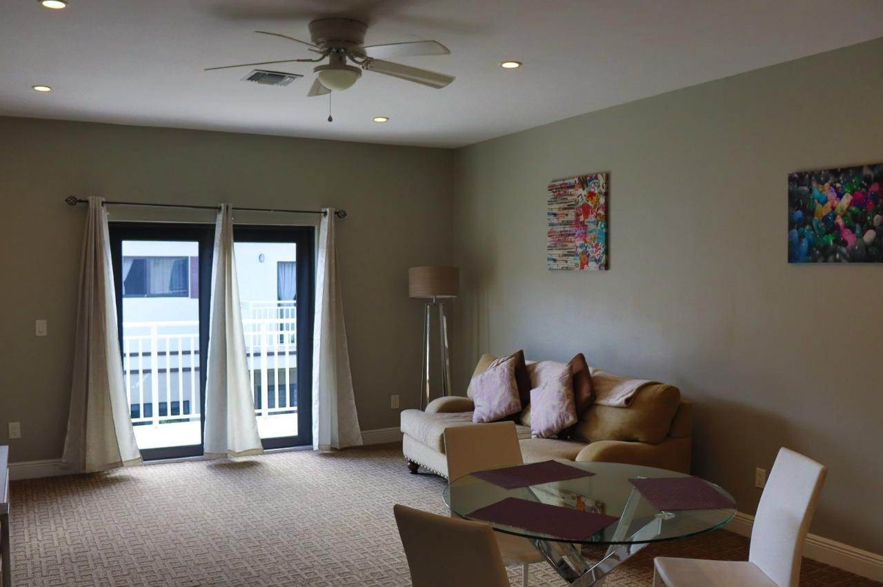 5. Co-op / Condo for Rent at Venetian West, Nassau And Paradise Island, Bahamas