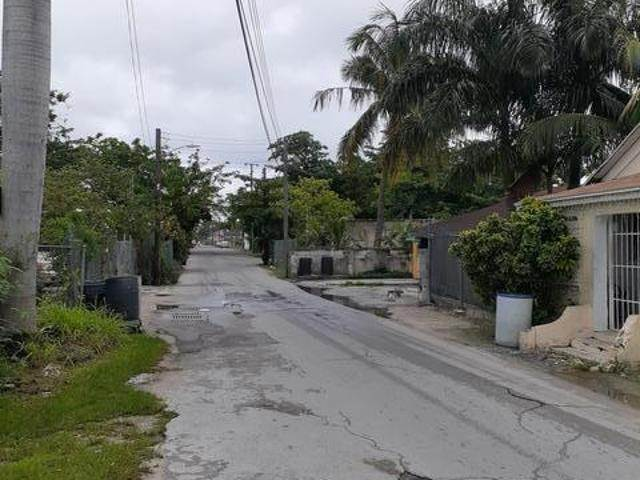2. Land for Sale at East Street, Nassau And Paradise Island, Bahamas