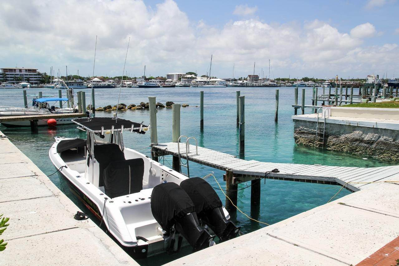27. Co-op / Condo for Sale at Paradise Island, Nassau And Paradise Island, Bahamas