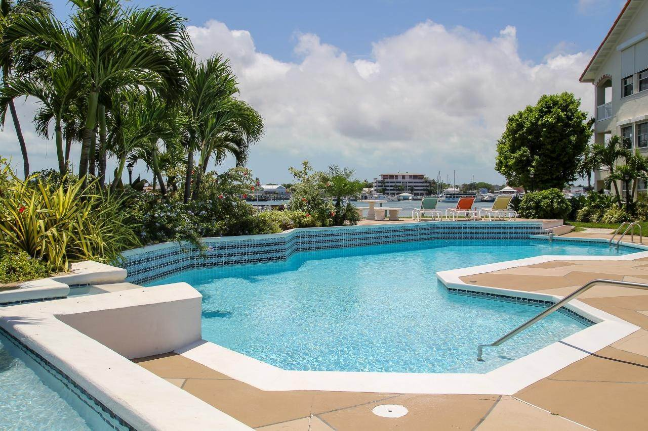 4. Co-op / Condo for Sale at Paradise Island, Nassau And Paradise Island, Bahamas