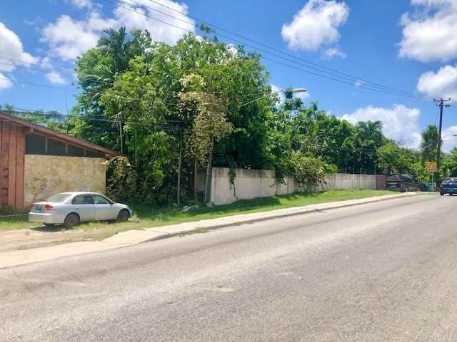 3. Single Family Homes for Sale at Soldier Road, Nassau And Paradise Island, Bahamas