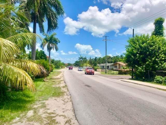 4. Single Family Homes for Sale at Soldier Road, Nassau And Paradise Island, Bahamas